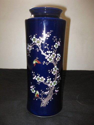 VINTAGE JAPANESE PORCELAIN VASE BLUE COLOR HAND PAINTED, NR.