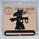 Classic Motifs 6 Inch Scarecrow Split Bottom Craft Holder