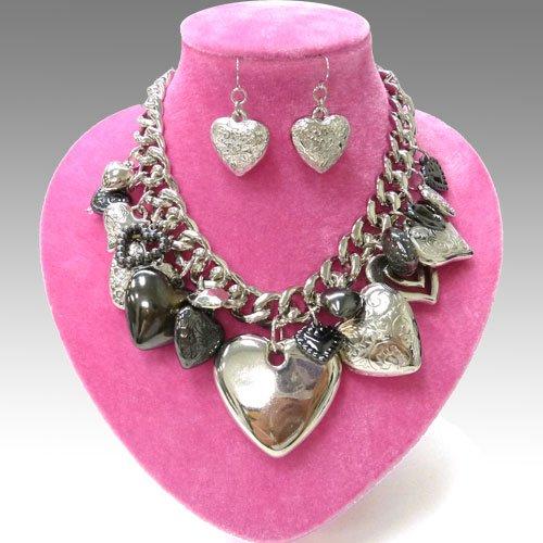 Heart Charm Necklace Set