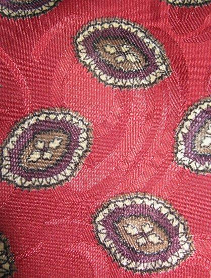 Manhattan Extra Long polyester dark red print tie
