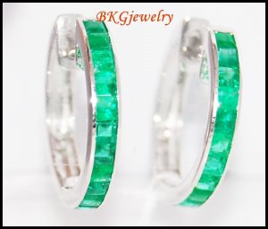 Gemstone Jewelry 18K White Gold Emerald Huggie Earrings [EL0011]