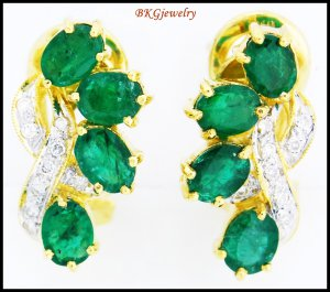 Unique Emerald Gemstone 18K Yellow Gold Diamond Earrings [E0052]