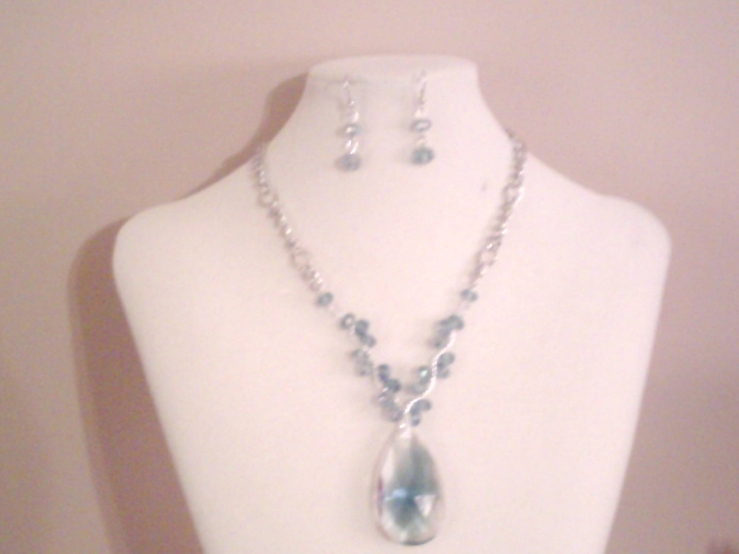 Blue Tear Drop Crystal Necklace Set