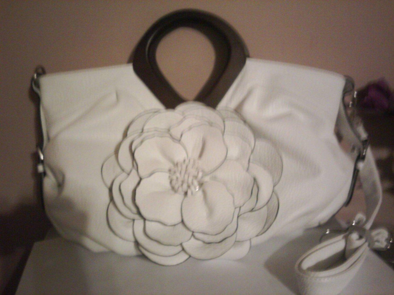Classy White Flower Handbag