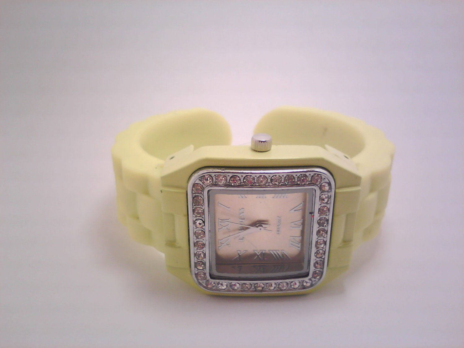 Yellow Lady's Fashion Analog Watch