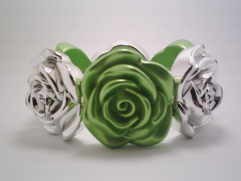 Bright Green Stretch Flower Bracelet