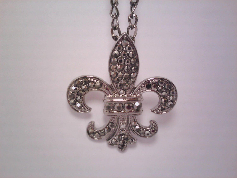 Empress Gray Pendant Necklace