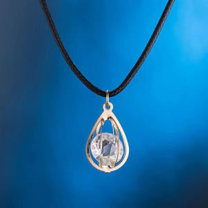 Family Love Wish Gift Necklace Crystal Oyster Drop Pendant Silver/Gold Plated
