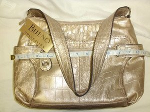 SEXY BUENO CHIC WOMEN'S HAND BAG BEIGE w/8 POCKETS 2 zipped  LINING NWT