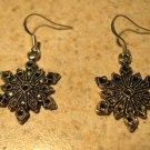 Earrings Tibetan Silver Snowflake Charm Pierced Dangle NEW #766