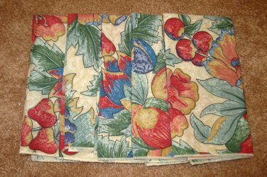Beautiful Tan with Red & Green Floral Dinner Napkins X5 NEW #D189