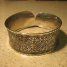 Bracelet Silver Plated Intricate Scroll Carvings Cuff Bangle New #303