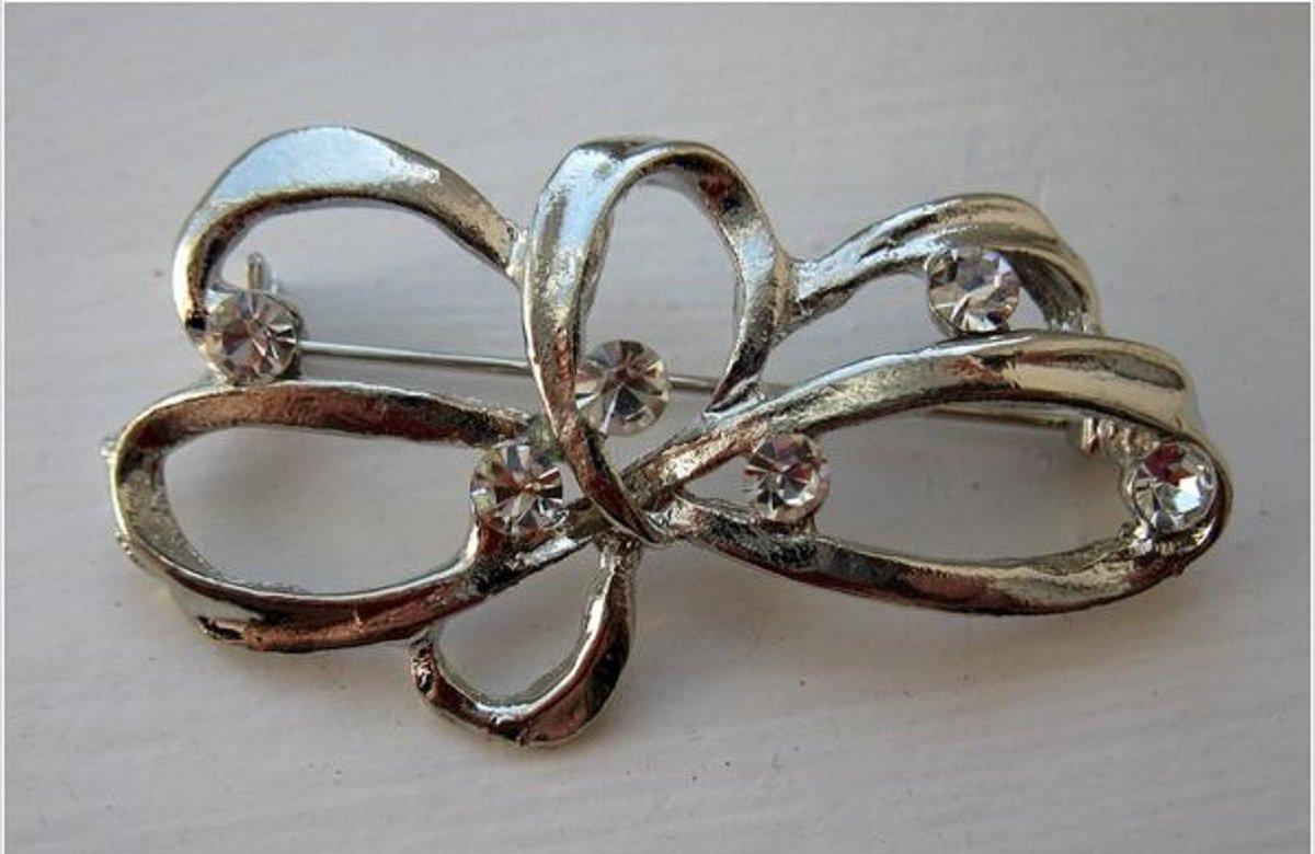 Unique Silver Rhinestone Ribbon Pin NEW! #467