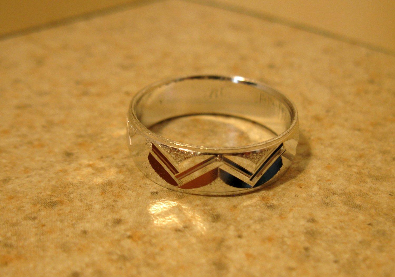 Silver Plated Zig Zag Knotch Design Aluminum Ring Unisex Size 7.5 New! #978
