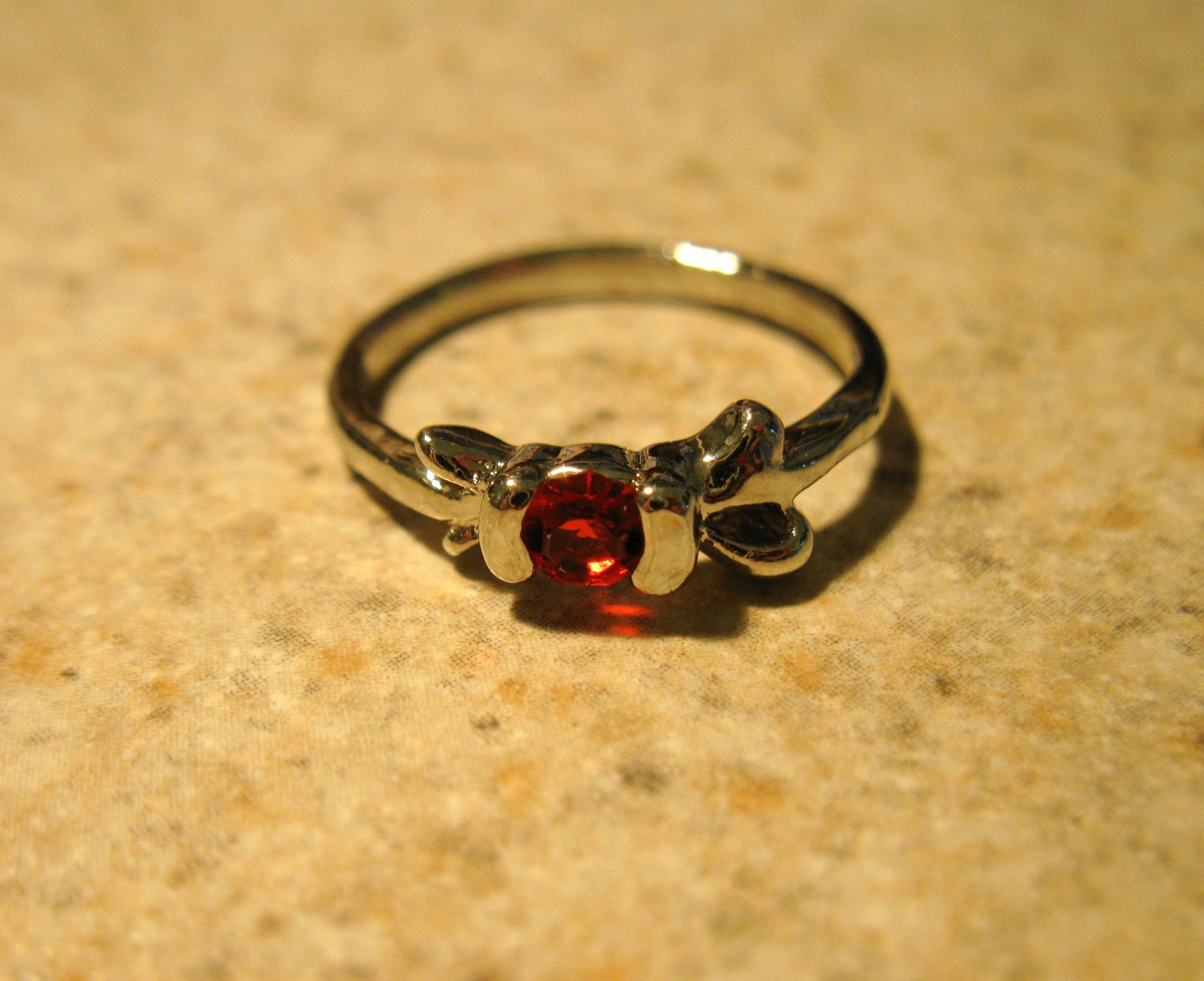 Lovely Red Ruby Solitaire Ring Size 6 New! #782