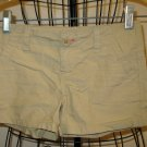 Adorable Khaki Beige Shorts by Old Navy Child Size 6 Nice! #X79
