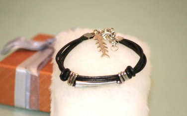Ethnic Minorities Style Leather Wristband Bracelet metal