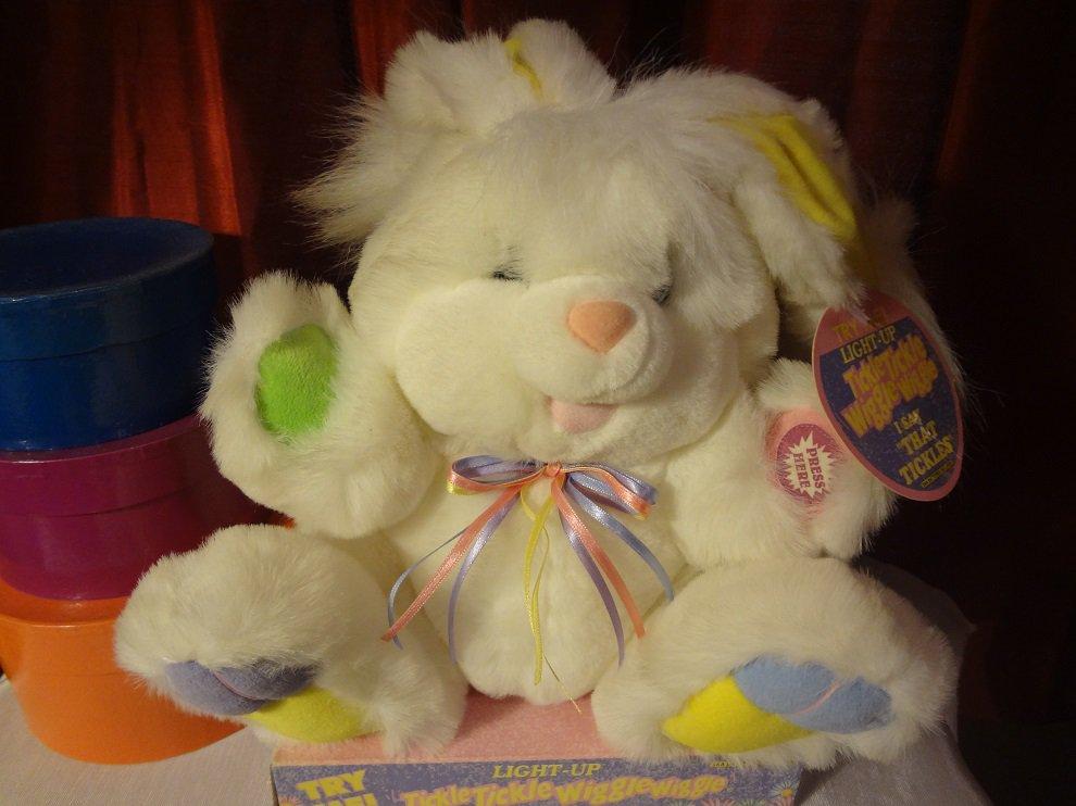 Dan Dee Giggles Bunny Rabbit Lights Up Tickle Me Talks Plush