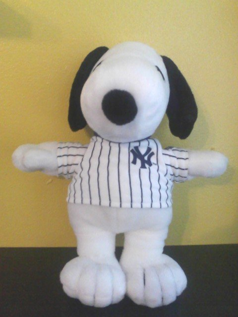 Metlife New York Yankees Snoopy Doll Stadium Opening