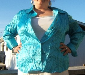 Ravishing aqua blue satin shirt - Size 20