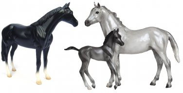 NIB Breyer Classics Sport Horse Family Gift Set Thoroughbred #935 Stallion #62031 Mare and Foal