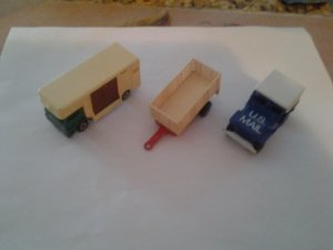 Matchbox & Hot wheels 3 all original cars palyed with condition