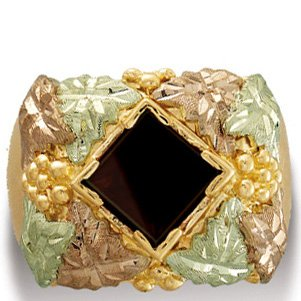 Black Hills Gold Black Onyx Men's Ring Exquisite