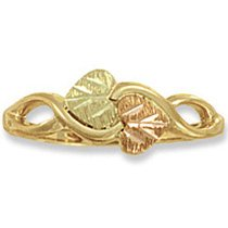 Black Hills Gold 2 Entwined Leaves & Vines Ladies Ring