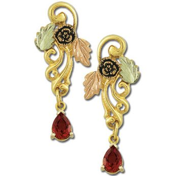 Black Hills Gold Genuine Garnet Post Earrings 1878 Deadwood Style