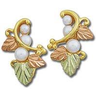 Black Hills Gold 3 Graduated White Pearl Earrings