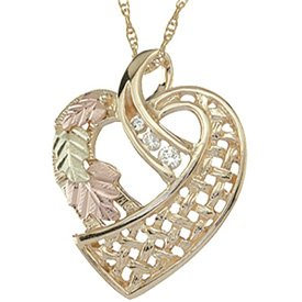 Black Hills Gold Necklace Heart 3 Diamonds Lattice Like Weave