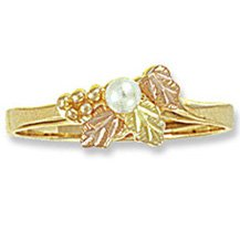 Black Hills Gold 3 Leaves & White Pearl Ladies Ring
