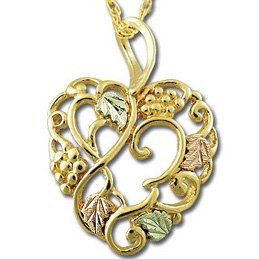 Black Hills Gold Heart Of Leaves & Vines Necklace