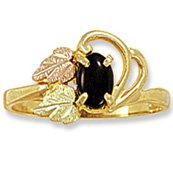 Black Hills Gold & Black Onyx 2 Leaves Ladies Ring