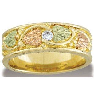 Black Hills Gold .10 Diamond Mens Wedding Band