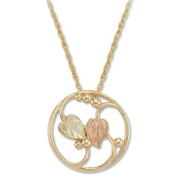 Black Hills Gold 10K Yellow Gold Circle Necklace