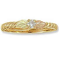 Black Hills Gold 2 Leaf .05 Diamond Petite Ladies Ring