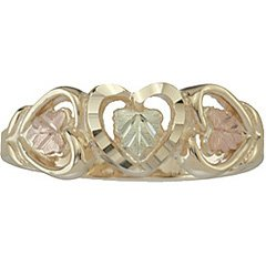 Black Hills Gold Ring Ladies Leaves & 3 Hearts