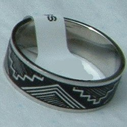 """Stainless Steel Ring Band 1/4"""" Unisex Antiqued Tribal"""