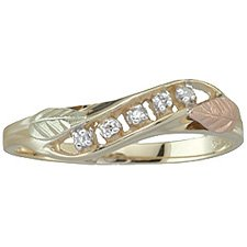 Black Hills Gold Ring Ladies Leaves 5 Diamond .03 TDW