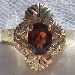 Black Hills Gold Ring Ladies 6 Leaf & Oval Garnet