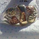 Black Hills Gold Ring Ladies 4 Leaf 10K Ribbon