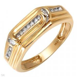 Sensational Ring w/Genuine Diamonds Solid 14K YG