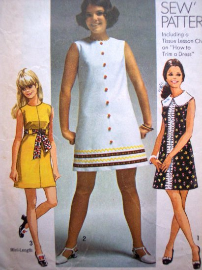 60s Vintage Sewing Pattern Mini or Above Knee Dress Sleeveless B 34 Mod How To Sew 8609
