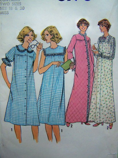 70s Vintage Nightgown Retro Robe Patio House Dress B 40 Lounger Vintage Sewing Pattern 8198