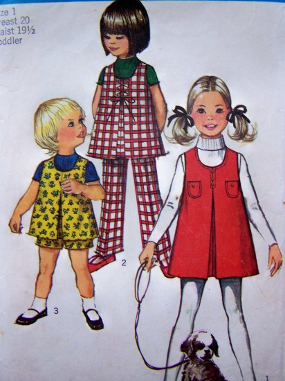 Toddler Girls 1 Vintage Sewing Pattern Jumper Dress Inverted Pleat Button or Lace Up Front 8895