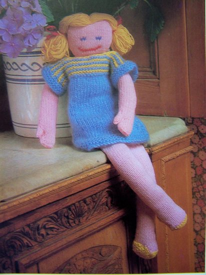 USA 1 Cent S&H Vintage Knitting Pattern Floppy Flora Doll & Clothes knit Dolls Dress