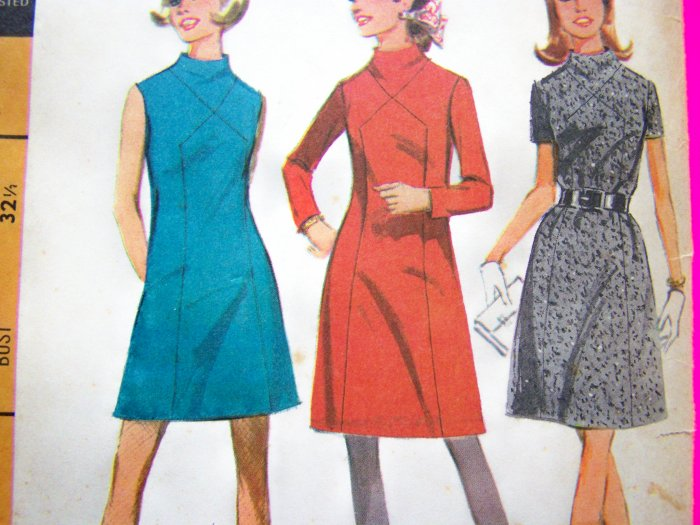 60s Vintage 5 Panel Dress Hi Neck Mod 32.5 Short and Mini A Line Triangular Yoke Sewing Pattern 9426