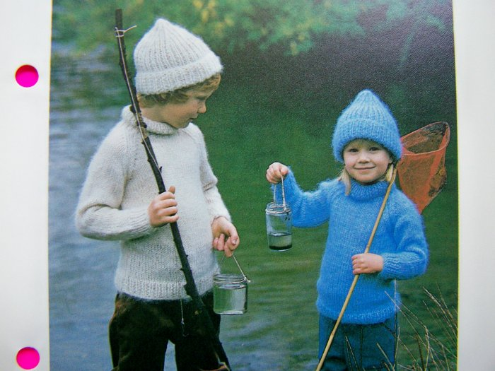 Boys & Girls Turtle Neck Sweater and Hat Pullover Turtleneck Vintage Knitting Patterns