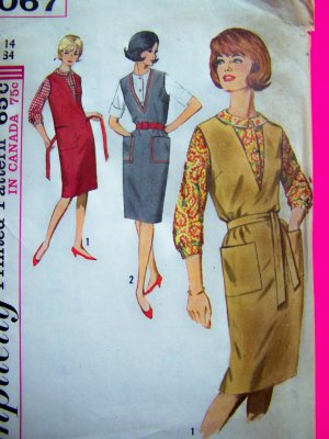 MOD 60s Vintage Dress Deep V Neck Jumper Sheath Blouse Shirt B 34 Sewing Pattern 5067